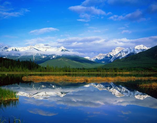 倒影中的雪山-自然風景高清圖庫-名片之家