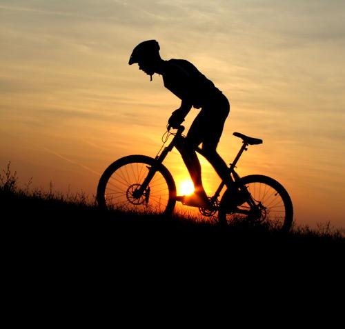 黄昏自行车运动素材